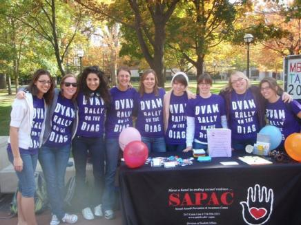 Group of DVAM volunteers at the diag